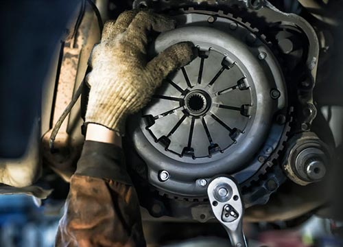 Car clutch - The Oil Change Automotive